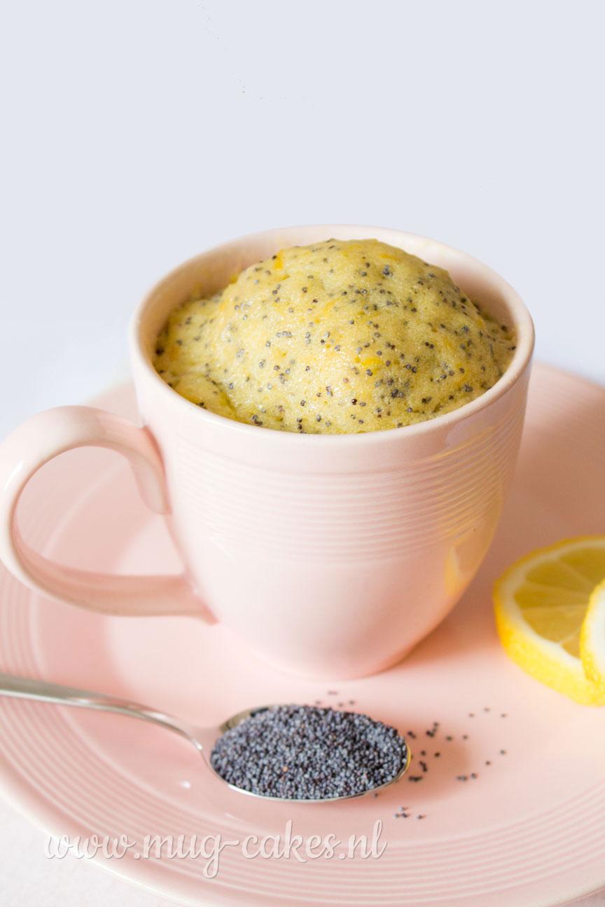 Citroen mug cake met maanzaad
