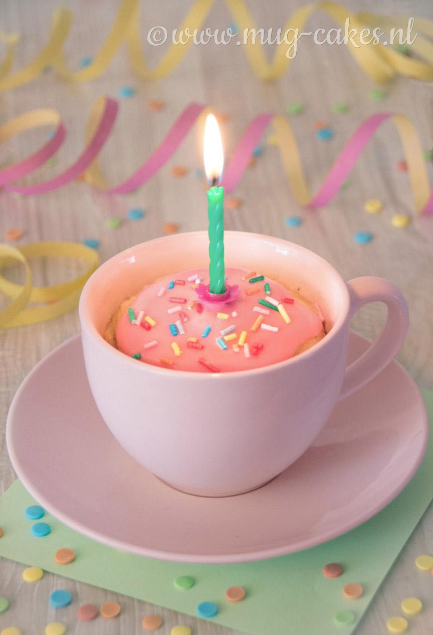 Verjaardag Mug Cake zonder Ei